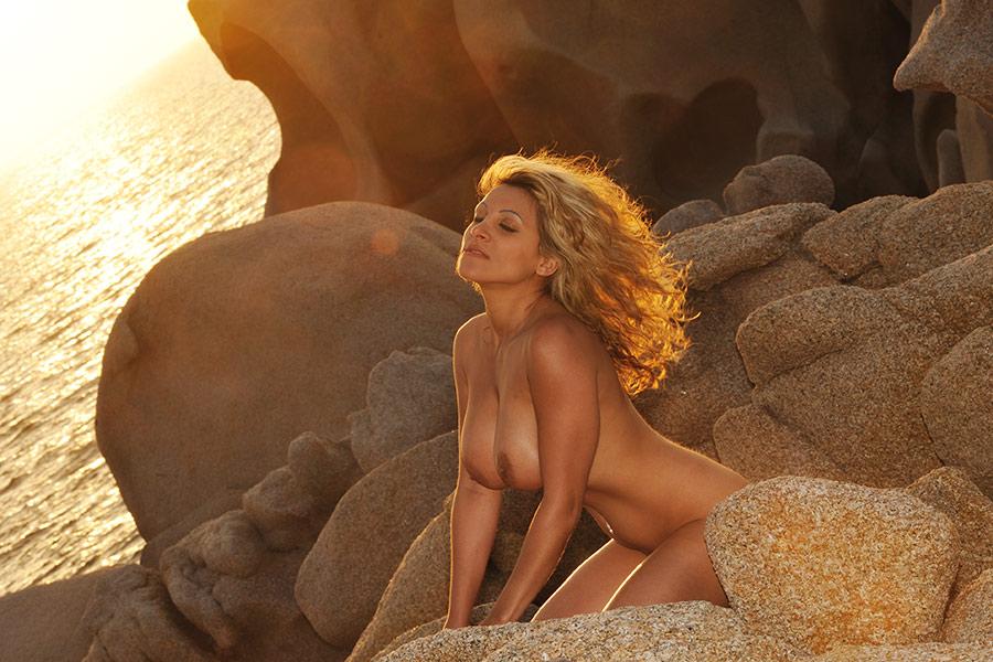 Gorgeous model enjoying a sunny day