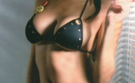24404-Very-sexy-model-with-nice-forms.jpg