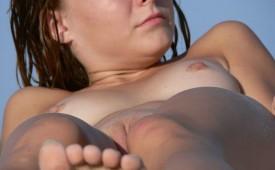 273-She-looks-pretty-tempting-with-her-pussy.jpg