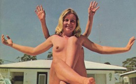 431-Nude-vintage-photo-with-pretty-blond-babe.jpg