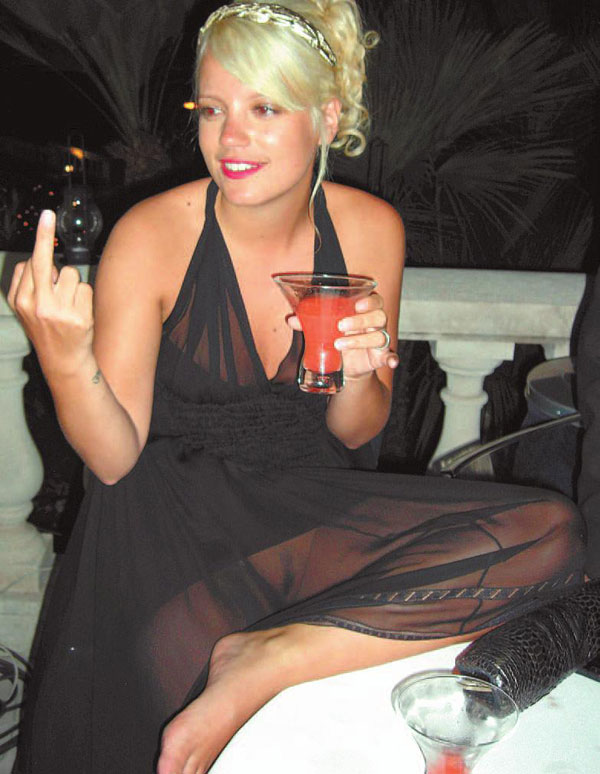 Lily allen reveal her trimmed pussy in a seethru dress