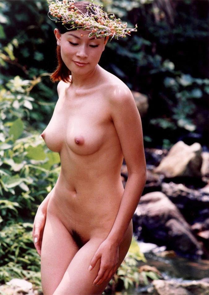 France girls naked
